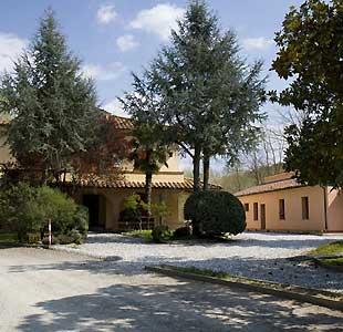 Casa Rural Agriturismo Az.agrit.venatoria La Cerbana Palaia  Casa Rural Agriturismo Az.agrit.venatoria La Cerbana Toscana