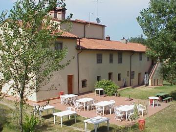 FARMHOUSE FLORENCE TUSCANY